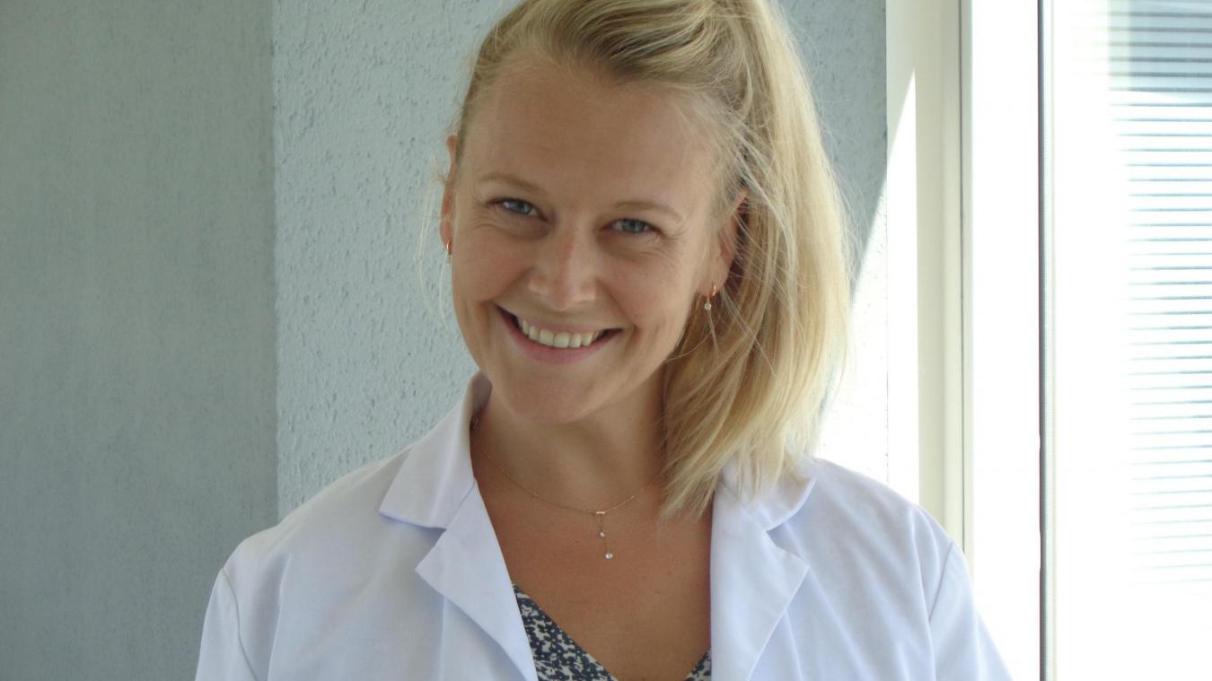 Eva Bruloy, une jeune maman comblée qui manie le bistouri et la lame de 15 avec une précision... chirurgicale.