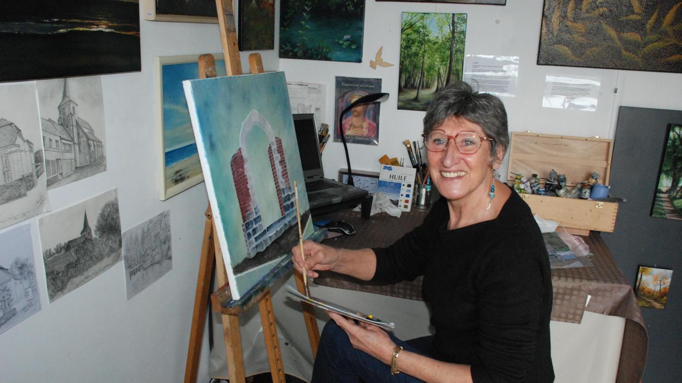 Dominique ouvre son atelier lors de l'opération automnale « portes ouvertes des ateliers d'artistes ».