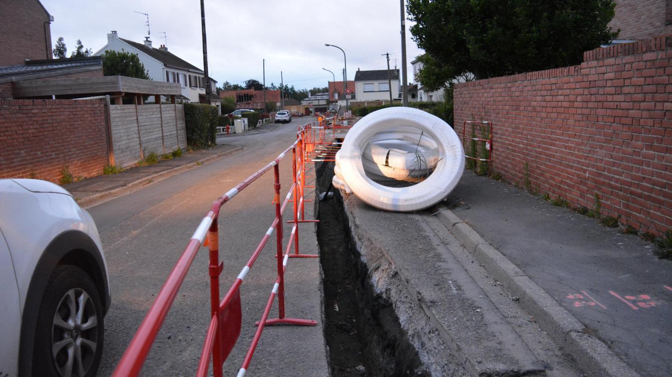 Les travaux d'enfouissement des réseaux sont terminés. La reprise complète de la rue Mozart pourrait avoir lieu dès la mi-juin.