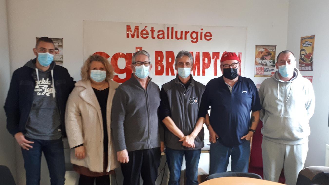 Damien Naji, Sarah Legros, Jean-Pierre Ferand, Cyrille Robert, Dominique Tollet (retraité venu en soutien) et Laurent Demarqe.