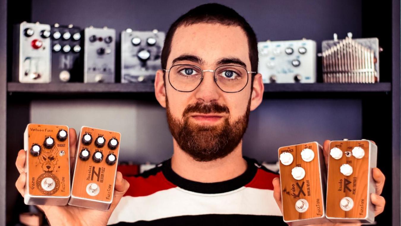 Gravelines : Pierre Pluy fabrique lui-même et met en vente des pédales pour instruments de musique.