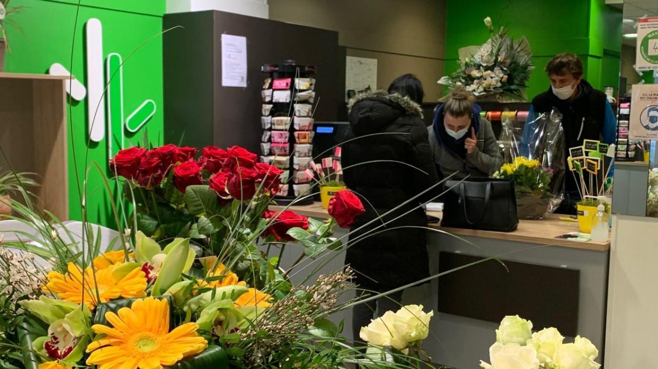 Les fleuristes feront normalement partie des commerces pouvant rester ouvert pendant ce confinement.