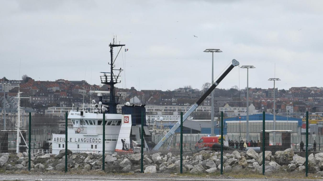 Les migrants ont été ramenés au port de Boulogne par l'Abeille Languedoc.