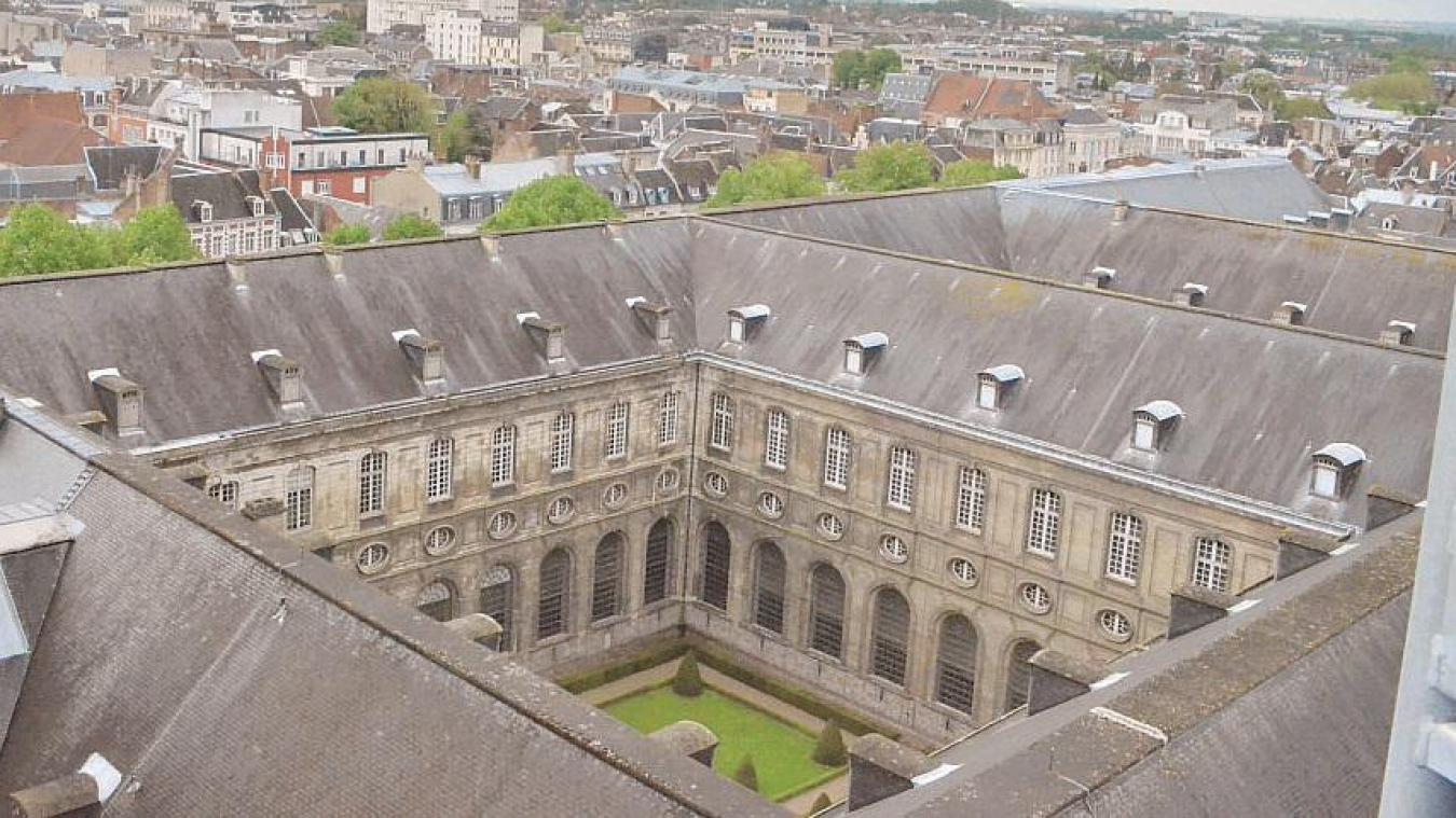 La Ville avait prévu d'installer au cœur de l'abbaye une Maison du projet. Crise sanitaire oblige, un site internet a été créé en novembre 2020 pour donner la parole aux habitants.