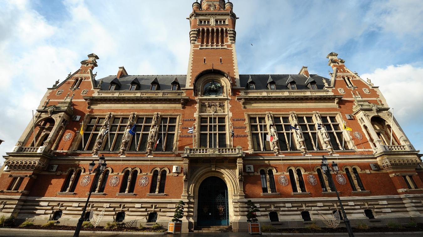 Les projets peuvent être envoyés par mail ou par voie postale à la mairie de Dunkerque.