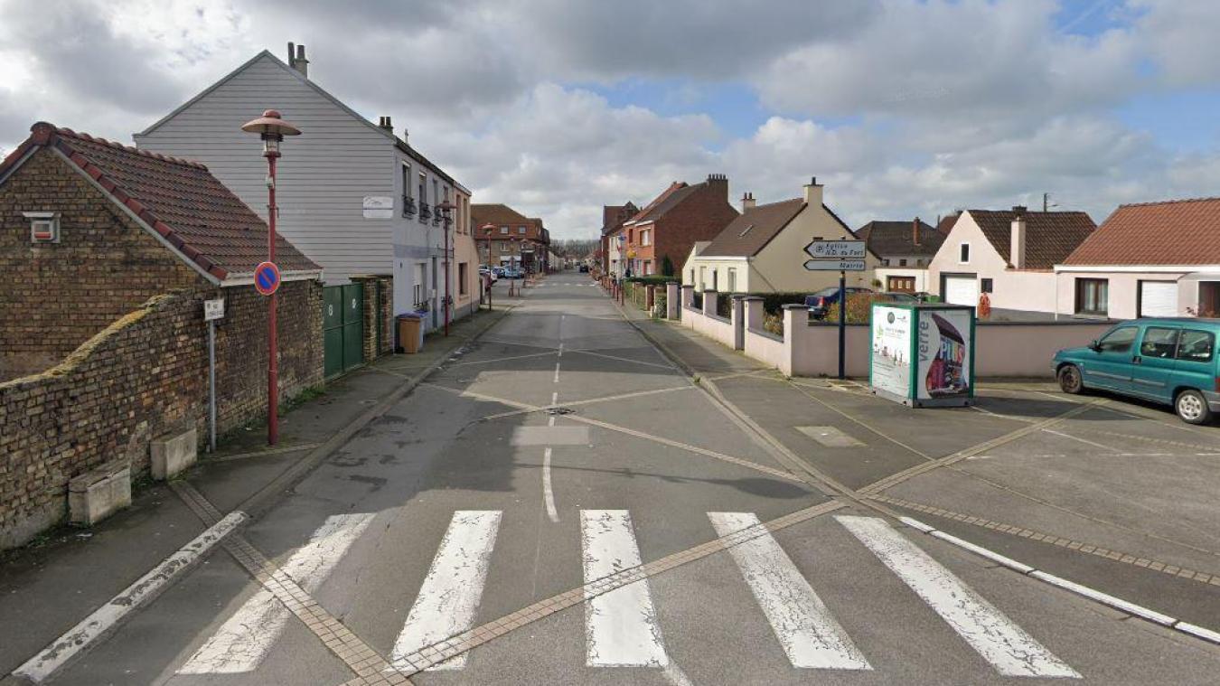Les sapeurs-pompiers ont été appelés rue du Général-de-Gaulle à Fort-Mardyck, ce jeudi matin.