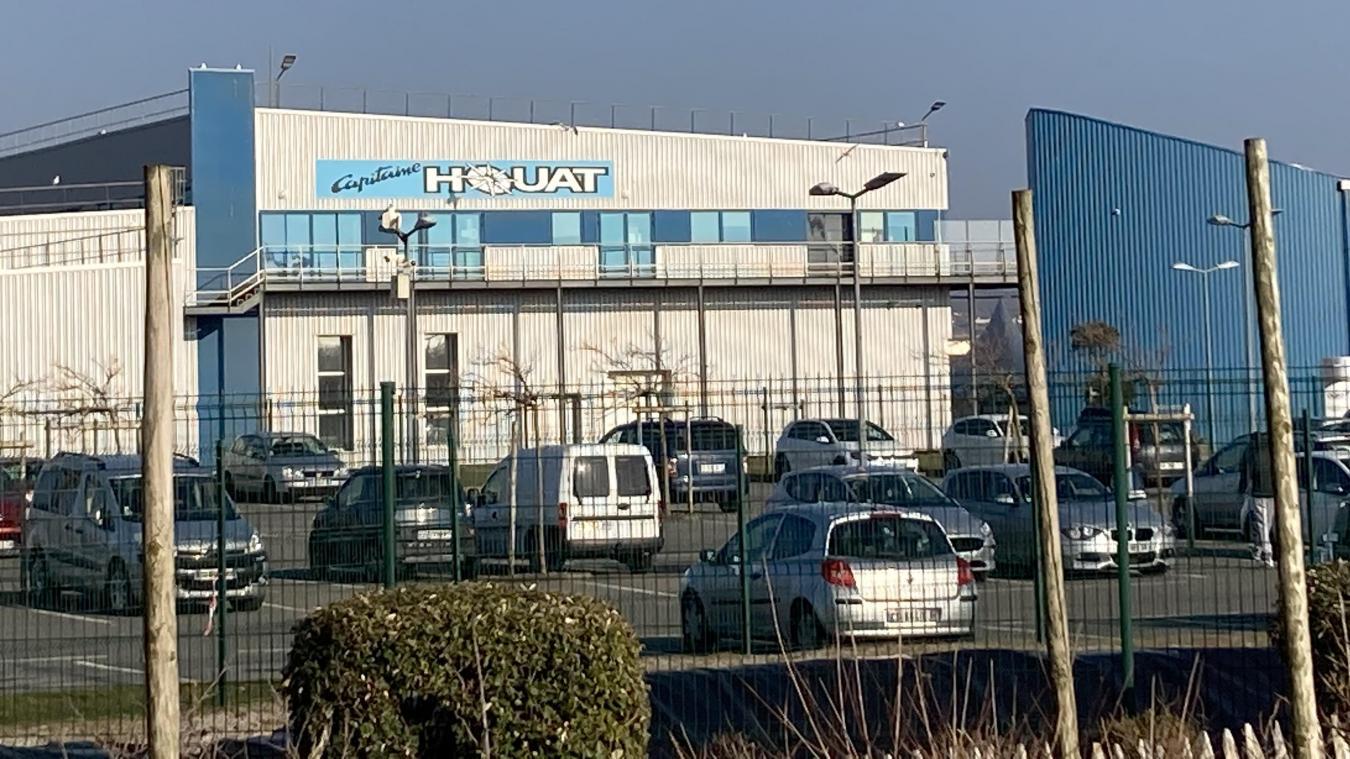 Située à Capécure, l'usine Capitaine Houat est spécialisée dans la transformation des produits de la mer.