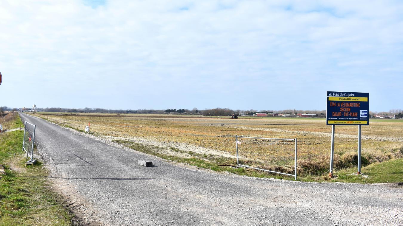 Une passerelle sera construite prochainement pour accéder directement à la ferme des Aigrettes. ©  Laura Mailly
