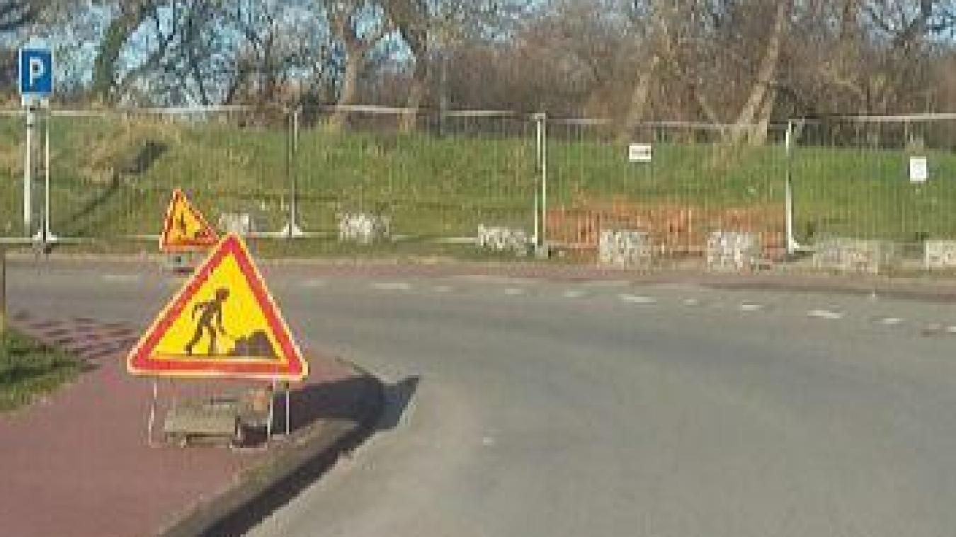 Du 22 mars au 29 juin, la circulation et le stationnement de véhicules sont interdits au niveau du parking de la Licorne, à Malo-les-Bains.
