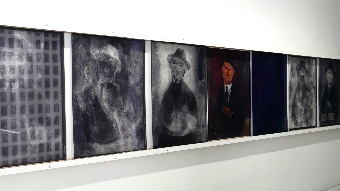 La scénographie des Secrets de Modigliani se veut très explicite.