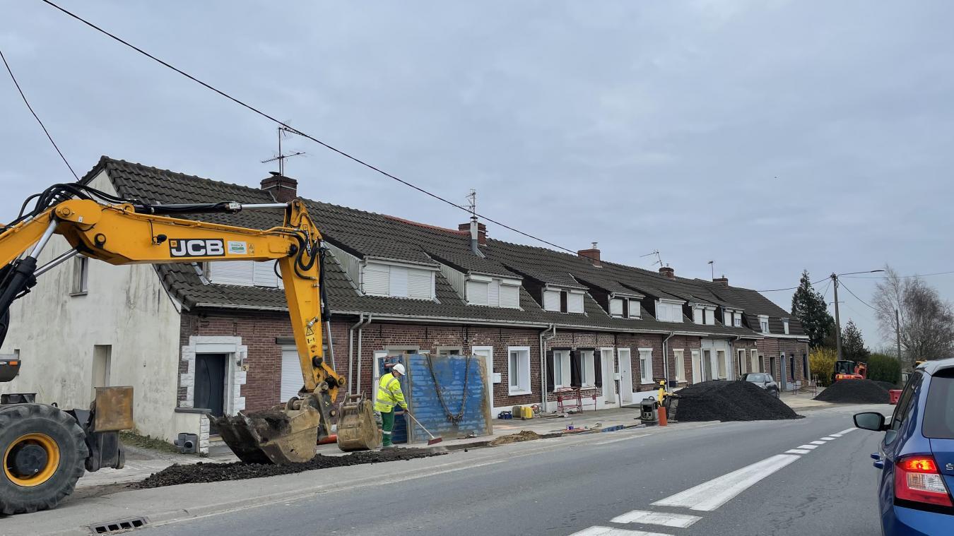 Les travaux impactent fortement la circulation sur la départementale 916, l'axe Steenvoorde-Hazebrouck.