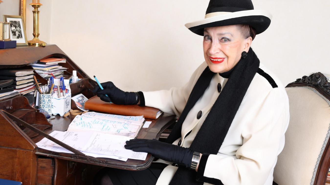 Même si les strass et les paillettes ne sont plus dans son agenda, Madame de Fontenay ne se dégarde son légendaire franc-parler.
