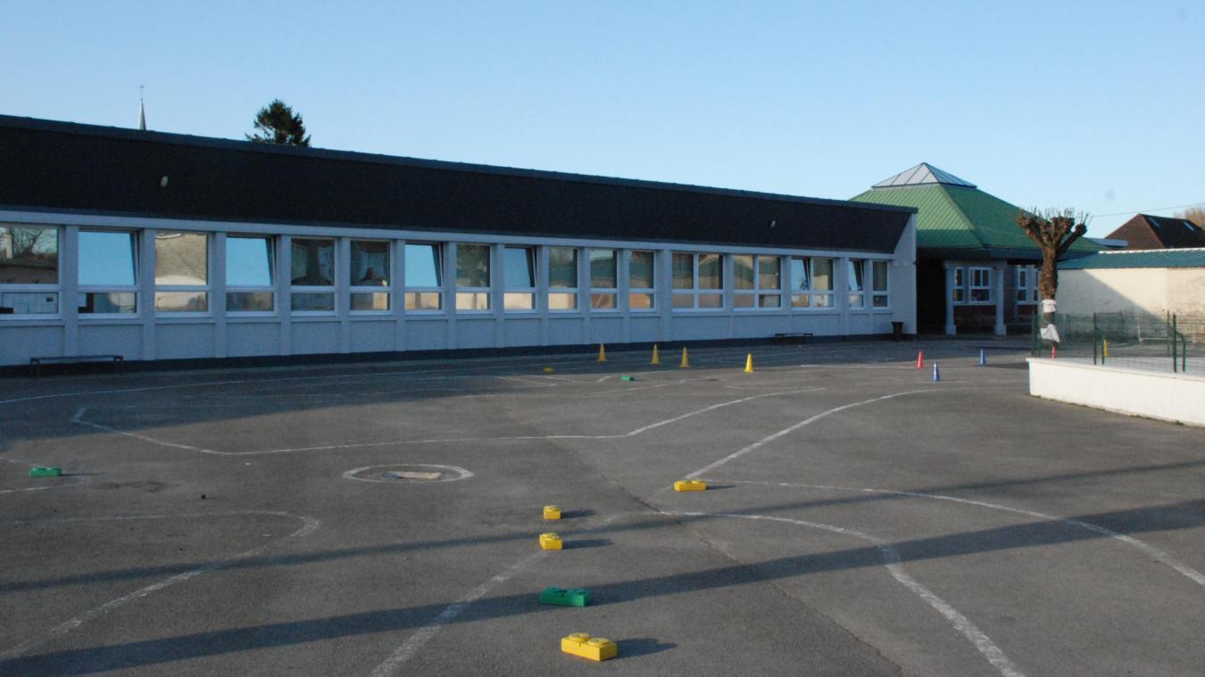 L'école vit des semaines tourmentées.