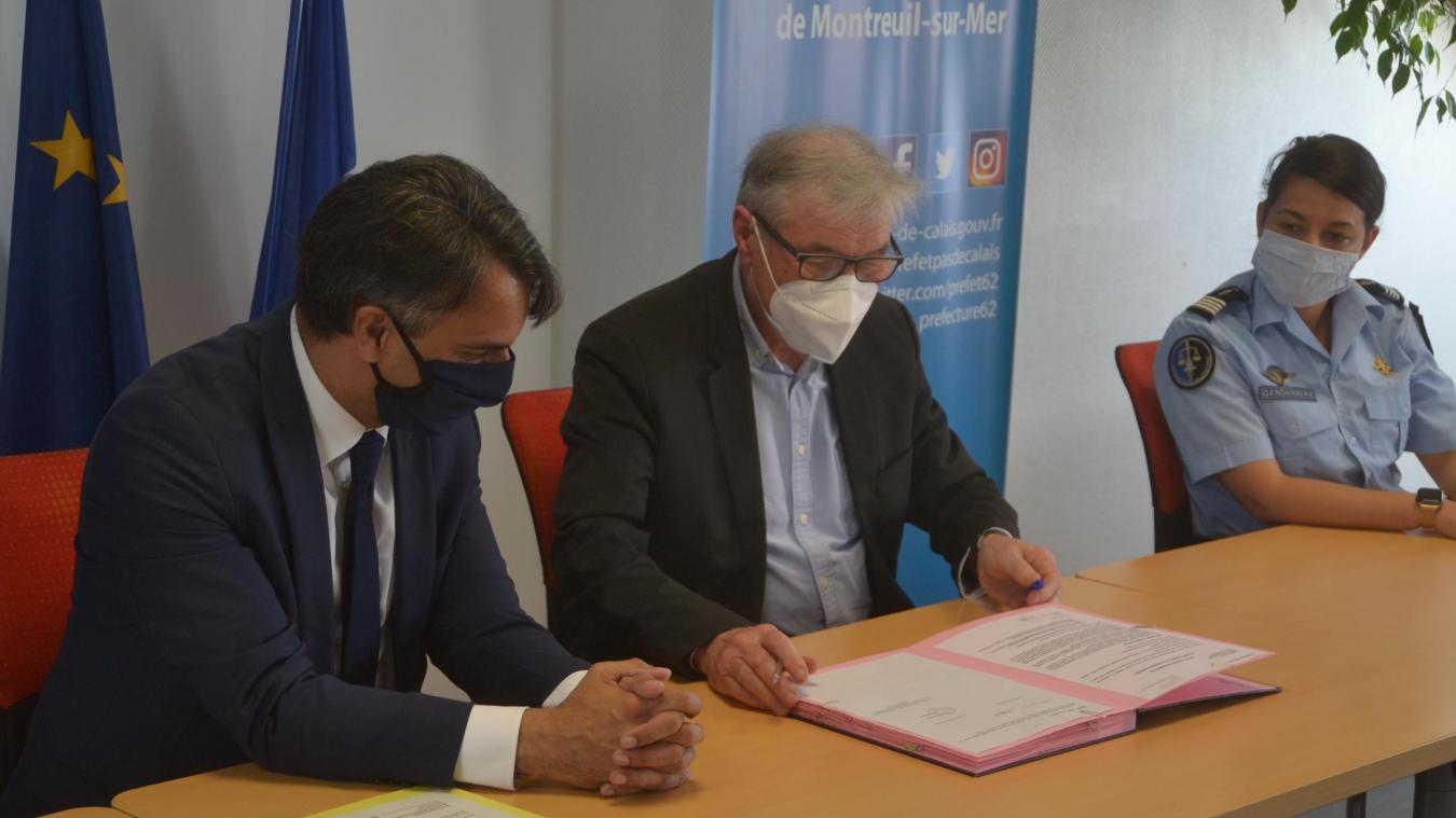 Jean-Claude Fillion, maire de Marconne, annonce compléter ce dispositif par l'installation de caméras.