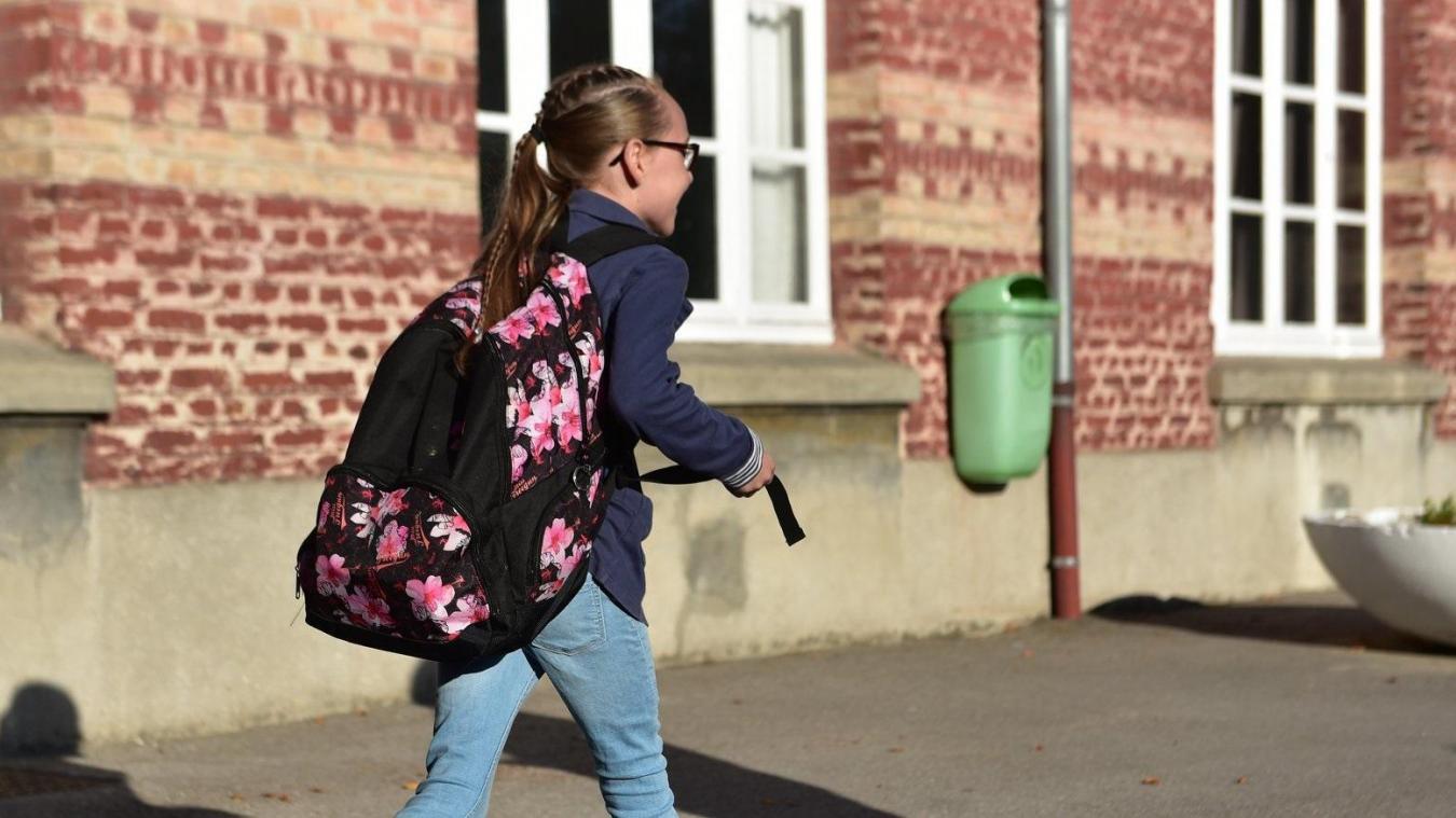 L'accueil scolaire des enfants du personnel prioritaire continue pendant le confinement.