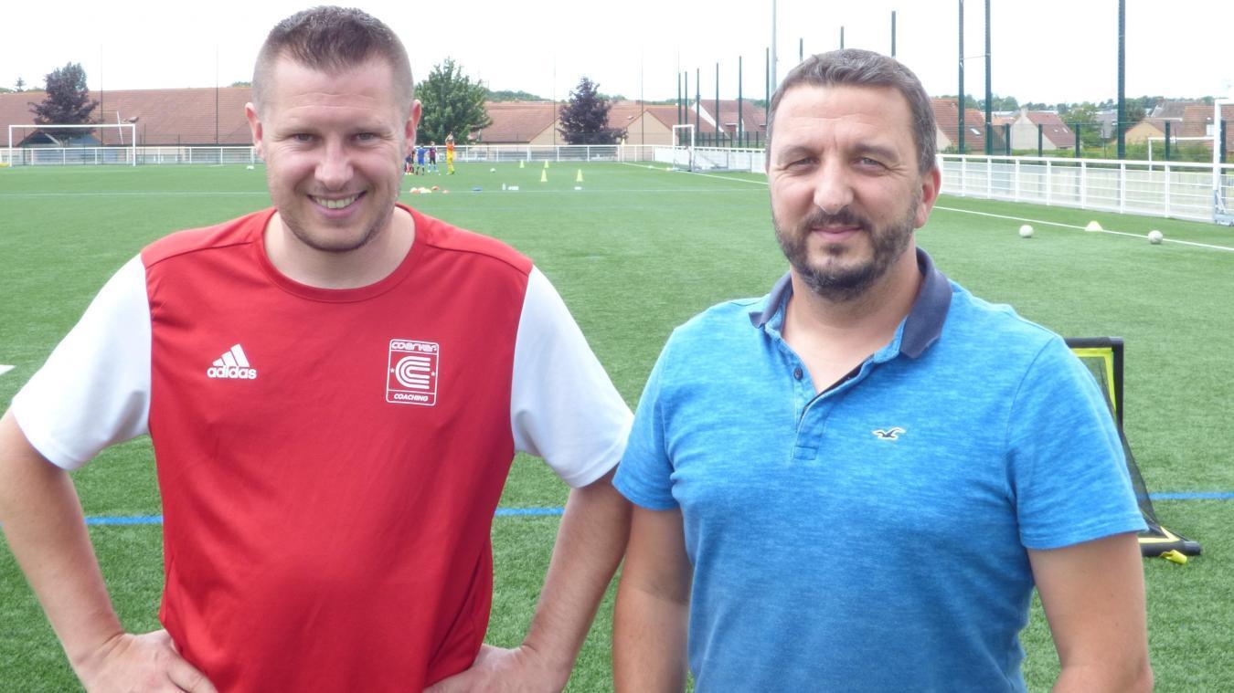 Jimmy Benezit, à droite, attend cet été avec impatience.