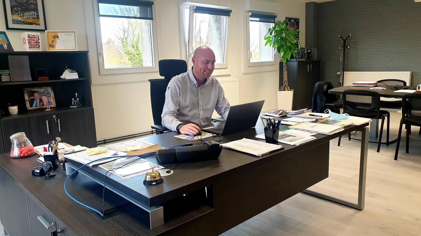 Julien Gokel, maire de Cappelle-la-Grande, peut investir dans sa ville depuis la réduction des dettes.