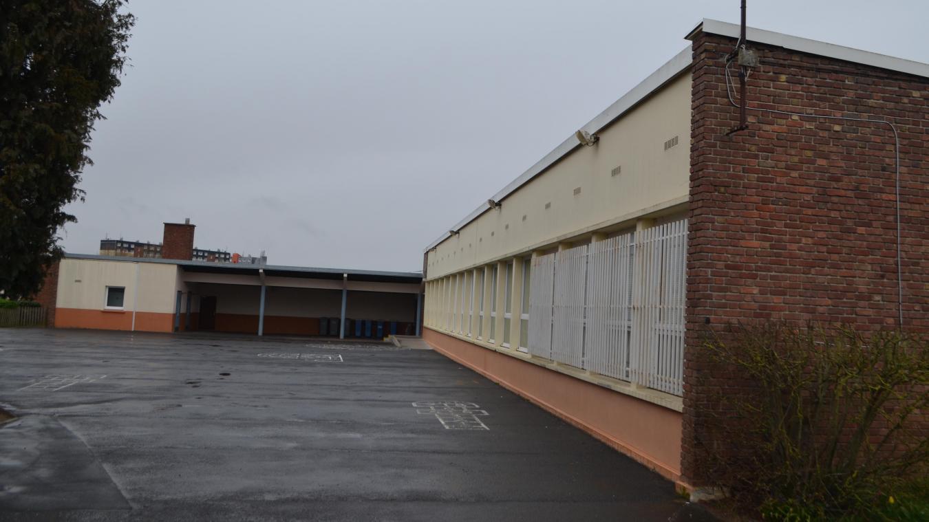 Cette année, l'ensemble des huisseries des écoles primaires et maternelles Jean-Macé sera remplacé.