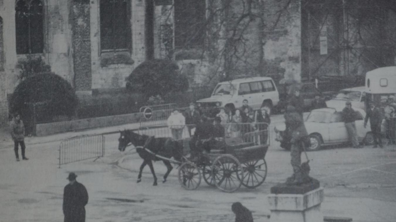 Lors du tournage en 1986, place Gambetta.
