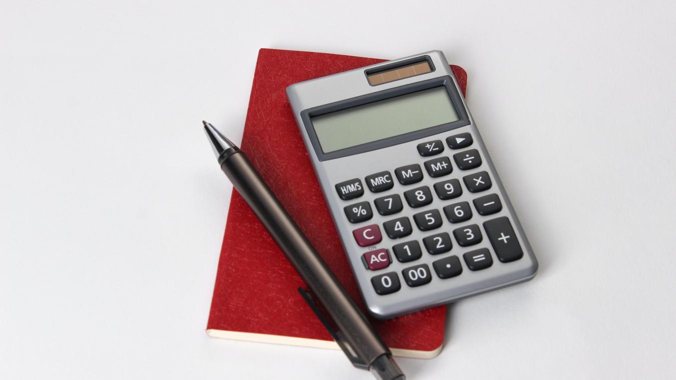 La date limite de dépôt de la déclaration d'impôts papier est fixée au 20 mai 2021 à minuit tandis que la date limite de déclaration en ligne est fixée au 8 juin 2021 à minuit.