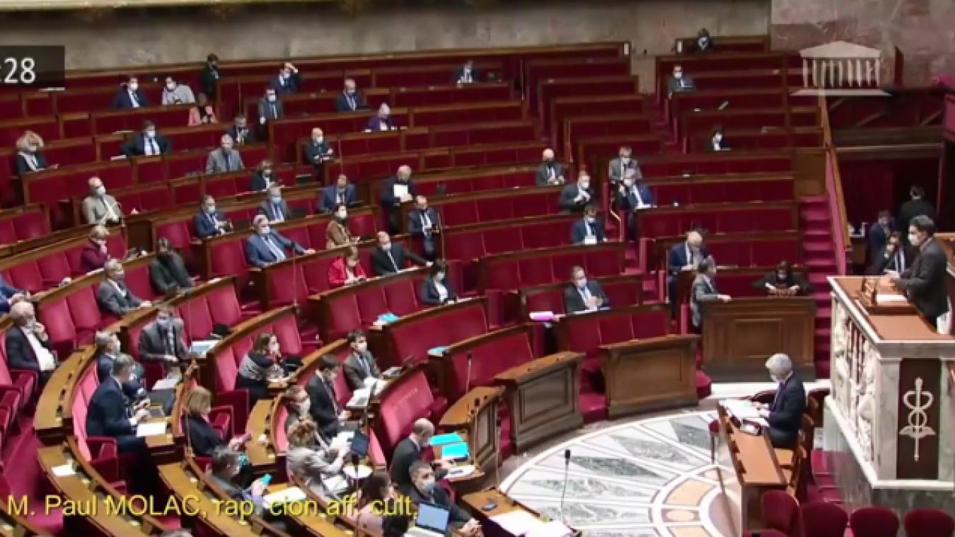 C'est Paul Molac, député du Morbihan, qui a proposé cette loi à l'Assemblée nationale ce jeudi 8 avril.