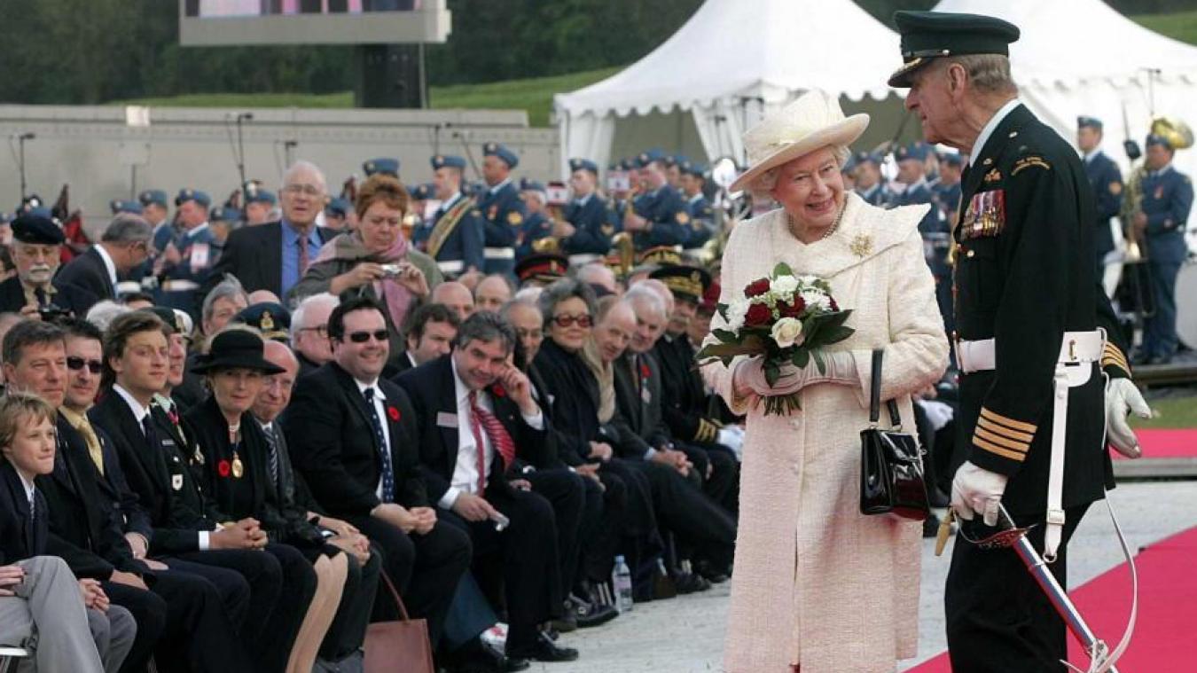 Le 9 avril 2007, le prince Philip et la reine d'Angleterre étaient présents lors de la cérémonie marquant la restauration du mémorial canadien de Vimy. (Photo Archives VDN)