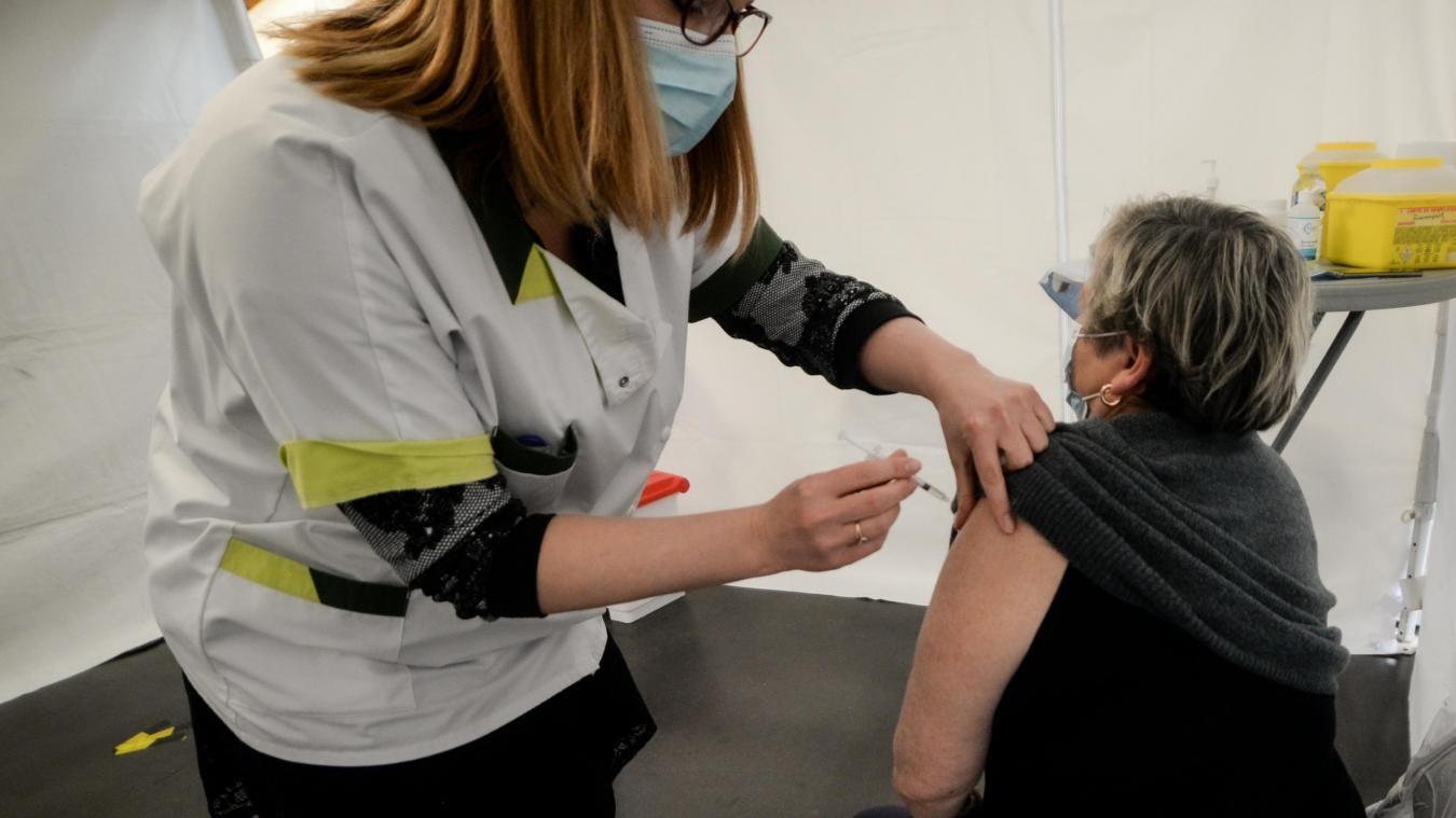 La vaccination se limitera une nouvelle fois à la journée de samedi au centre Gambetta à Calais.