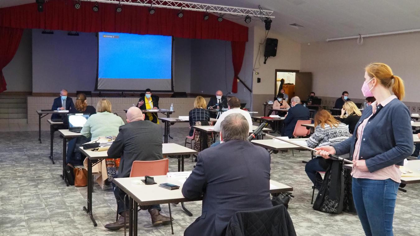 De nombreux sujets ont été évoqués lors de ce conseil municipal qui a eu lieu mercredi 14 avril à la salle des fêtes de Coulogne.
