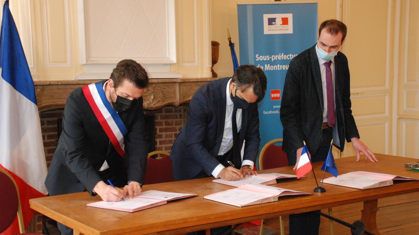 Matthieu Demoncheaux, Frédéric Sampson et François Douay ont co-signé cette convention d'adhésion.