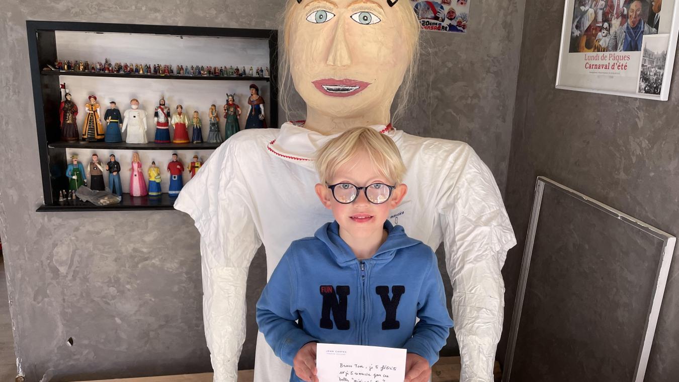 Mercredi 28 avril, Tom a reçu une lettre du Premier ministre.