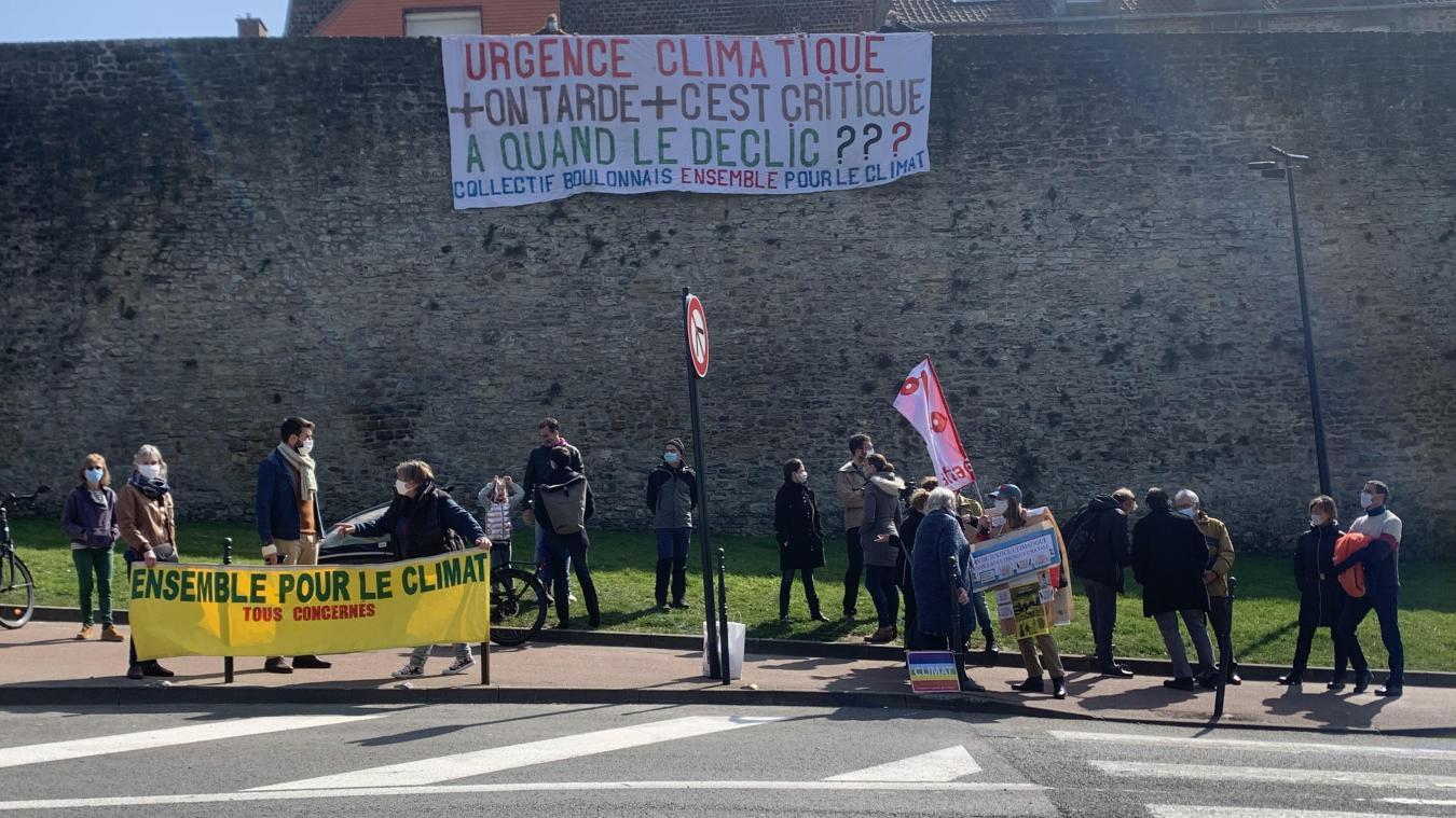 Le collectif boulonnais Ensemble pour le climat avait déjà organisé une manifestation en mars dernier. Il vous donne rendez-vous ce dimanche 9 mai à 11 heures au quai Gambetta.