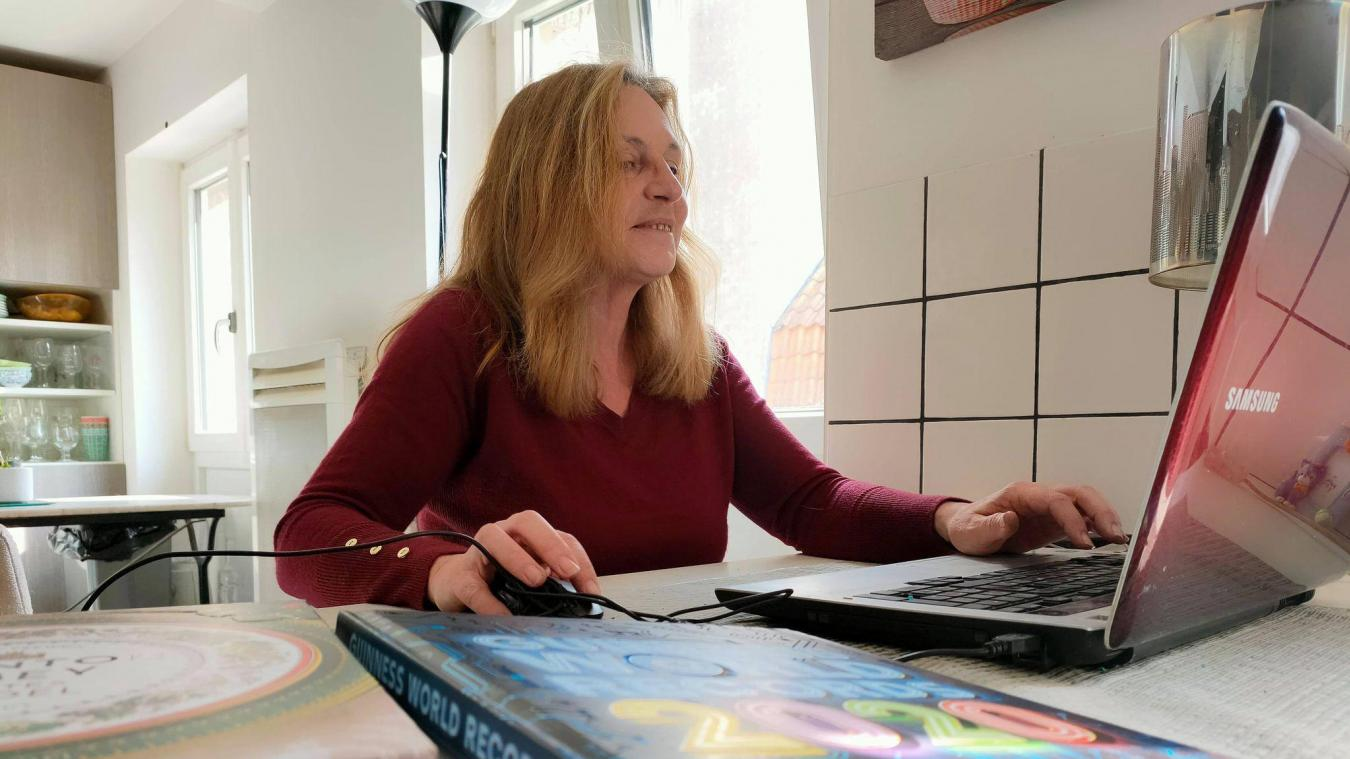 Depuis qu'elle exerce son métier, Karine, Gravelinoise, a déjà traduit une trentaine d'ouvrages.