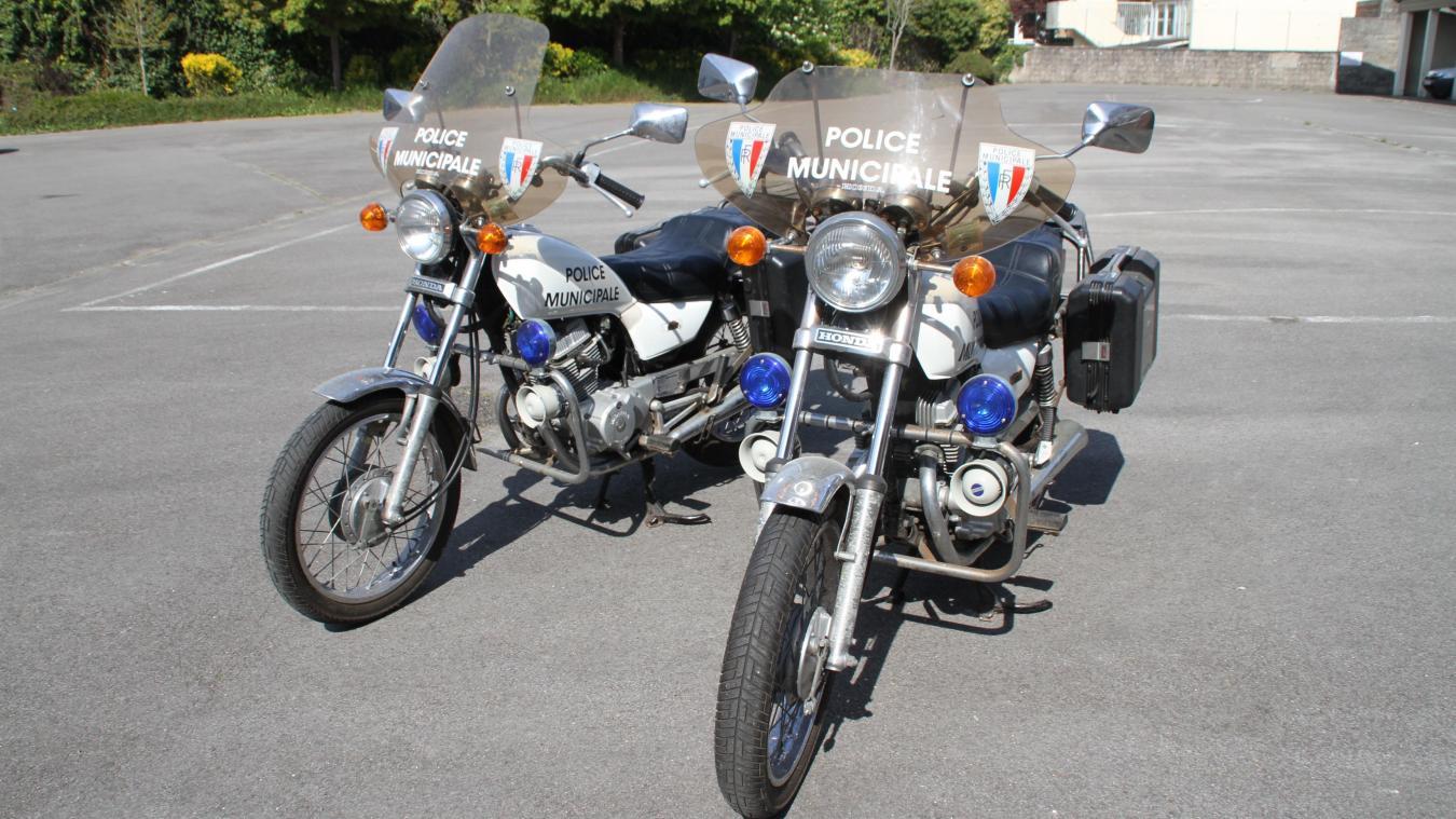 Les deux motos de la police municipale d'Étaples-sur-Mer vont être vendues en l'état.