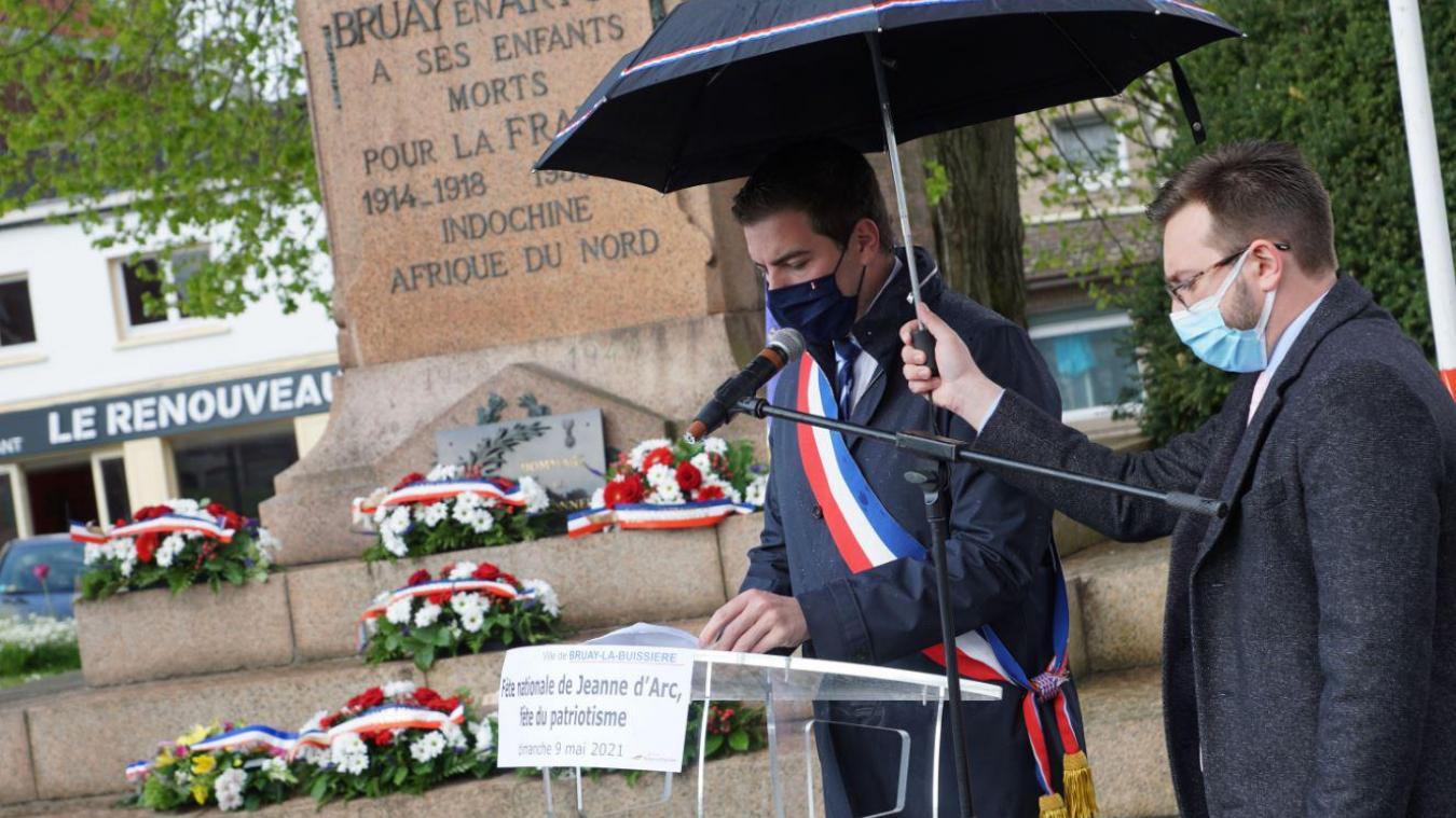 Tout un symbole pour le maire Rassemblement national, Ludovic Pajot.