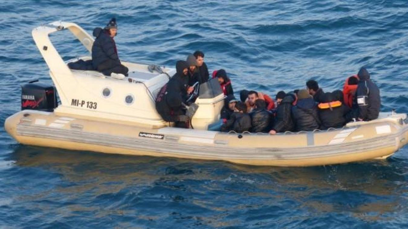 Les réfugiés se trouvaient au large de Dunkerque quand ils ont pu être secourus, très tôt ce lundi matin. ©illustration