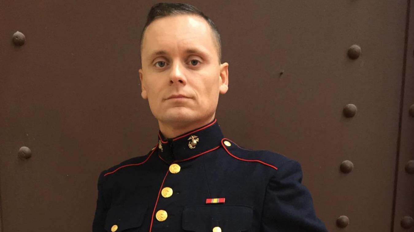 Sylvain Druart n'en est pas à son coup d'essai. Il a déjà revêtu le costume de figurant sur plusieurs tournages en France comme en 2015 où il jouait un militaire dans le film Jacky avec Nathalie Portman.