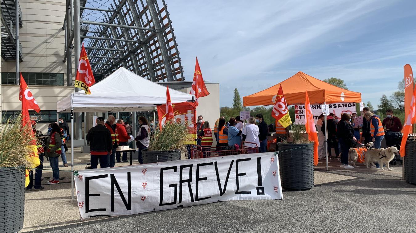 Calais : Une grève en réanimation bien suivie «et ce n'est qu'un début», préviennent les syndicats