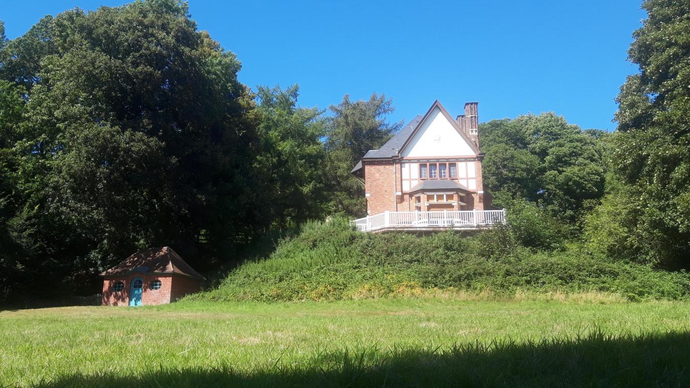 Le parc de la Villa Yourcenar au Mont Noir, un site idéal pour se ressourcer.