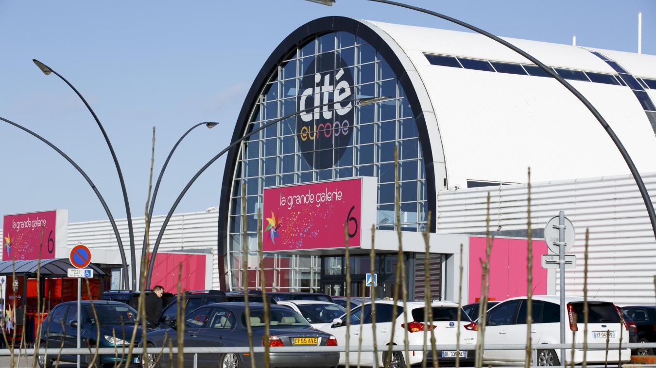 Malgré la crise, ça bouge beaucoup à Cité Europe à Coquelles.