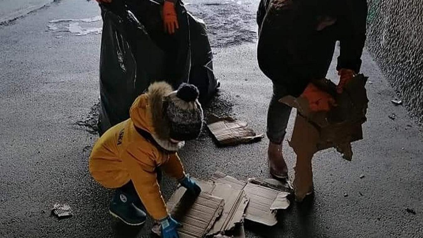 82 m³ de détritus ont été ramassés dans des sacs ensuite récupérés par les services municipaux.