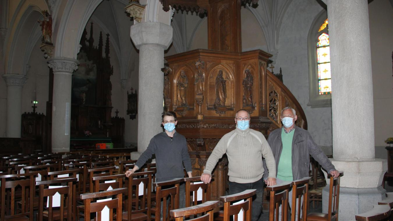 La chaire de l'église avait été offerte en 1897 par Emile de Backer, maire de l'époque.