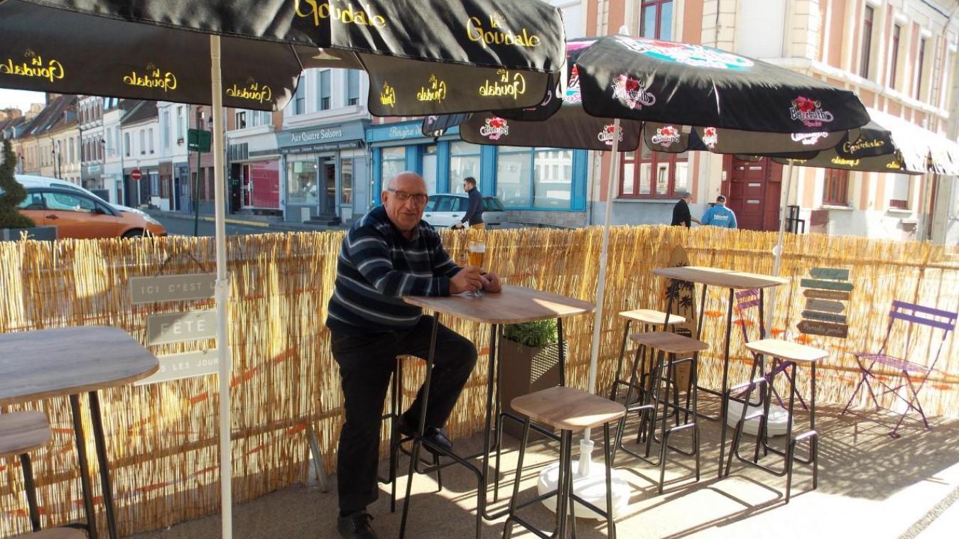 Au sortir du premier confinement, des terrasses nouvelles avaient fleuri dans Aire-sur-la-Lys. Comme ici au Light Bar, place Notre-Dame.