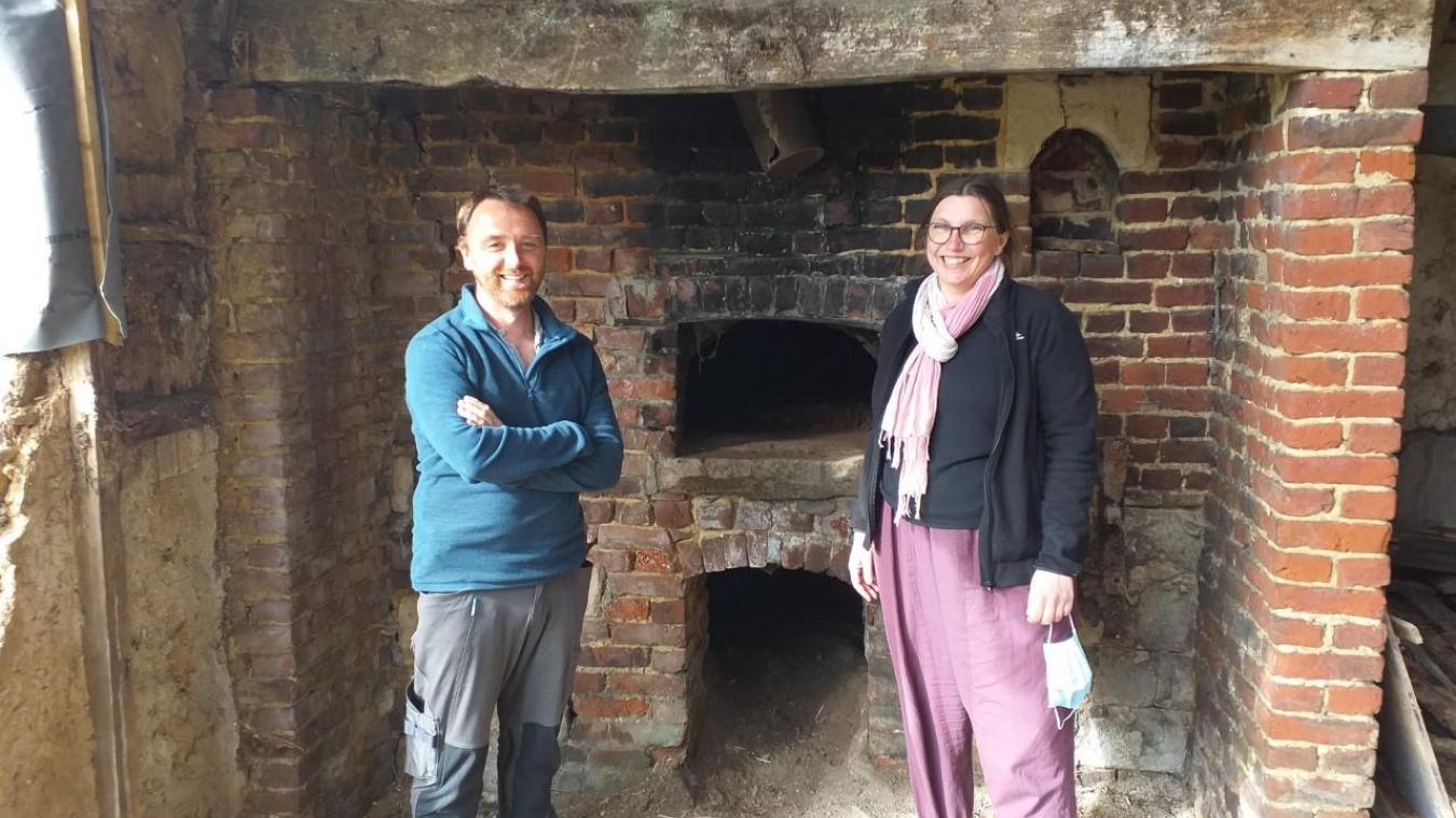 Sébastien et Nadège veulent que leur four à pain devienne un lieu de vie.