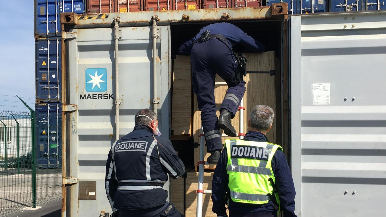 Malgré la crise sanitaire, les agents des douanes de Dunkerque ont poursuivi leurs missions tout au long de l'année.