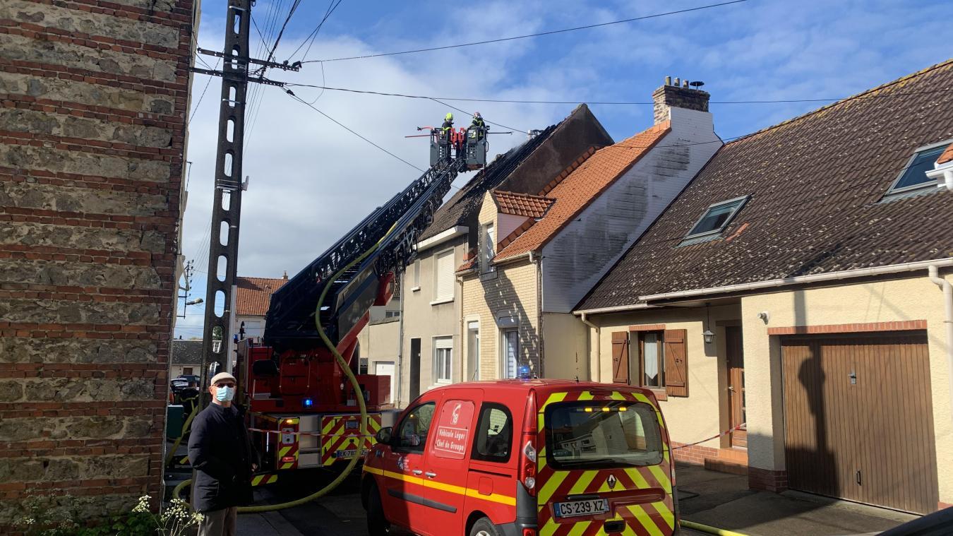 Un mégot mal éteint serait à l'origine de l'incendie de la rue Anatole-France, à Outreau.
