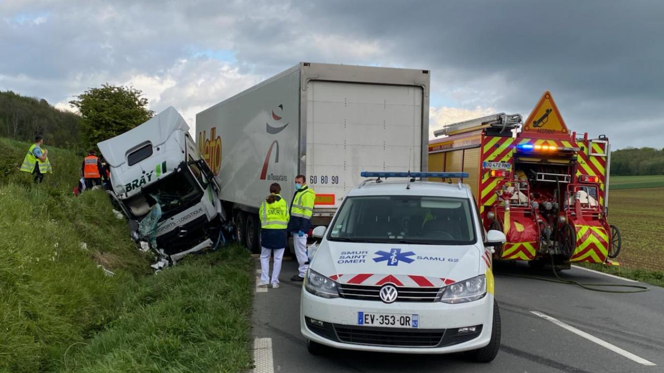 L'accident s'est produit ce mercredi, vers 17h, sur la RN42