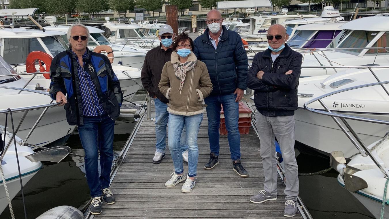 Frédéric Briche (à gauche) et les plaisanciers du port de Boulogne témoignent de nouveaux vols depuis la semaine dernière.