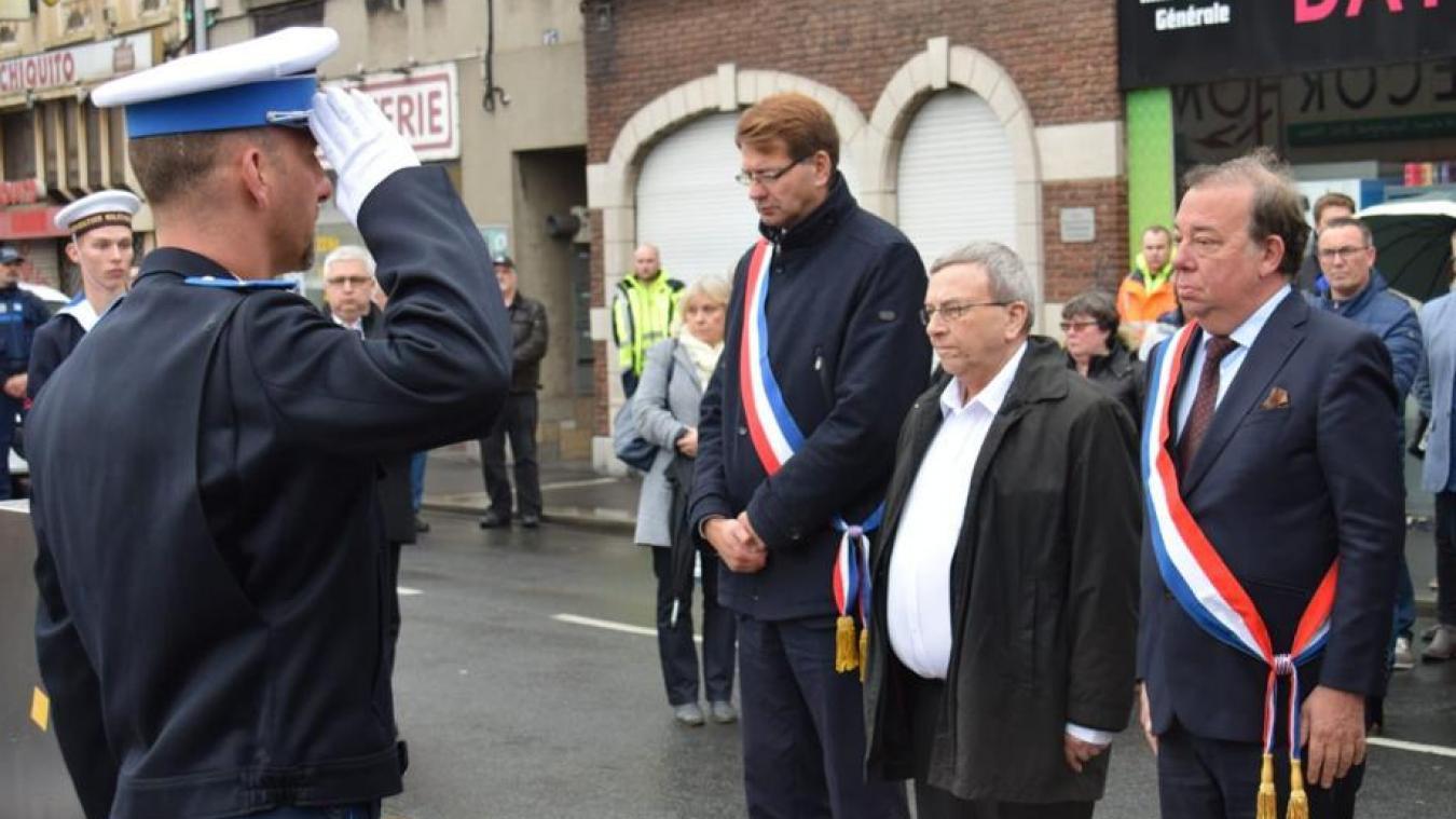 Patrice Vergriete met de côté les combats politiques pour rendre hommage à son maire délégué de Saint-Pol-sur-Mer, Jean-Pierre Clicq.