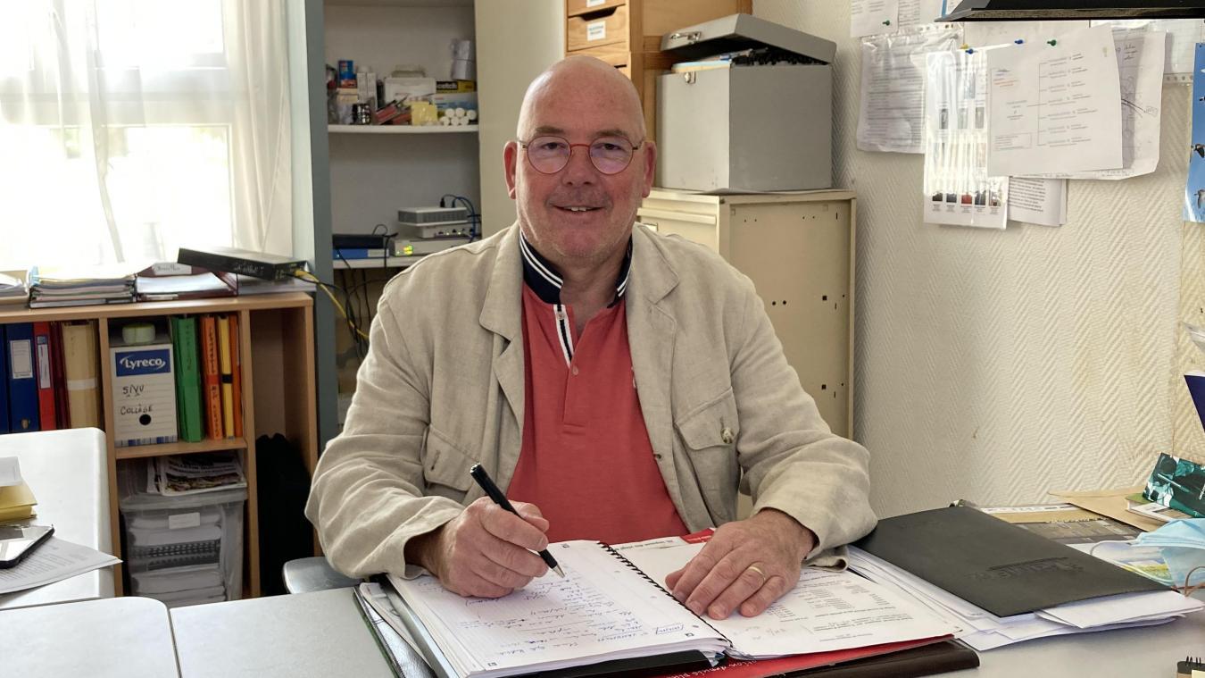 A 53 ans, Yves Hennequin entame son deuxième mandat à la mairie d'Hesdigneul.