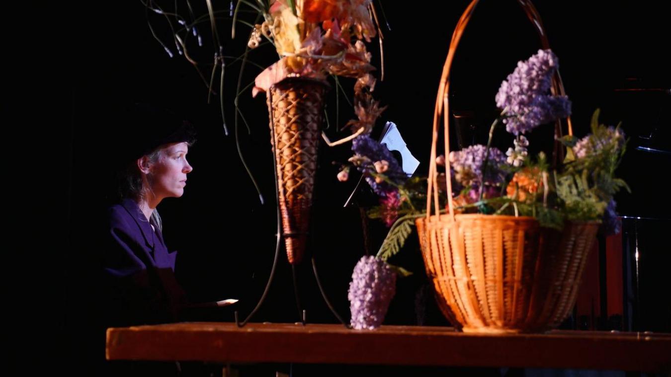 Dans Opéraconte, les personnages se rencontrent, on voyage au fil d'une histoire charmante où la part belle est faite au chant lyrique.